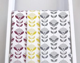 Set of 3 kitchen towels/ tea towels with Dandelion print