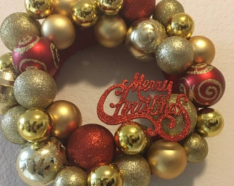 Decorative Christmas Holiday Hanging Ornament Wreath For Front Door and Gift for Mom and Family