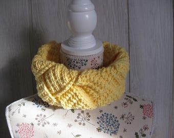 woman wool braided knit snood