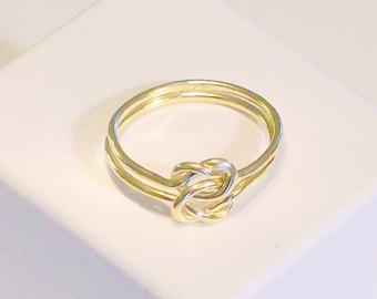 golden doubleknot ring   size 5