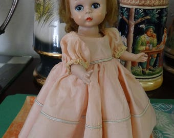 1953 MA Madame Alexander-kins Alexander kins Wendy kins OUTFIT ONLY Rare Peach Bridesmaid Peach Gown Beautiful (1438)