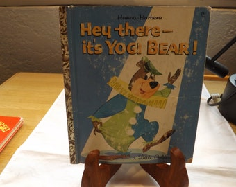 Hey There Its Yogi Bear Golden Book