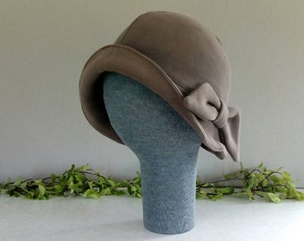Soft brimmed cloche hat with bow - LARGE - super warm!