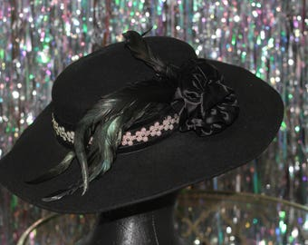 80's Black Wide Brim Wool Hat with Silver Floral Lining & Feather Design *Excellent Condition