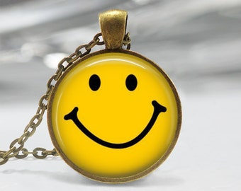 Classic Yellow Smiley Face Necklace Be Happy Emoticon Retro Pop Art Pendant in Bronze or Silver with Link Chain Included