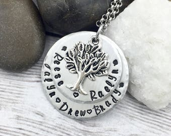 Mom Necklace - Mom Christmas Gift - Family Tree Necklace - Personalized Necklace - Mother Necklace - Grandma Necklace - Kids Names Necklace