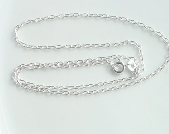 16 inches Sterling silver oval link, finished chain  (3x1.5mm)