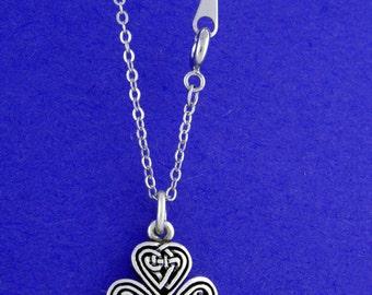 Celtic Knot Shamrock Necklaces (RPEW7)
