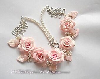 Bridal rose necklace Rose quartz necklace Pink rose necklace Rose and pearl necklace Clay wedding necklace Polymer clay rose necklace