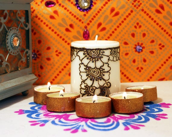 Mehndi Henna Candles : Set of handmadehenna and rhinestones decorated wax floating