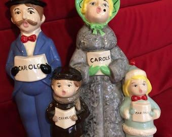 Vintage 1 piece family of 4 carols Christmas Retro