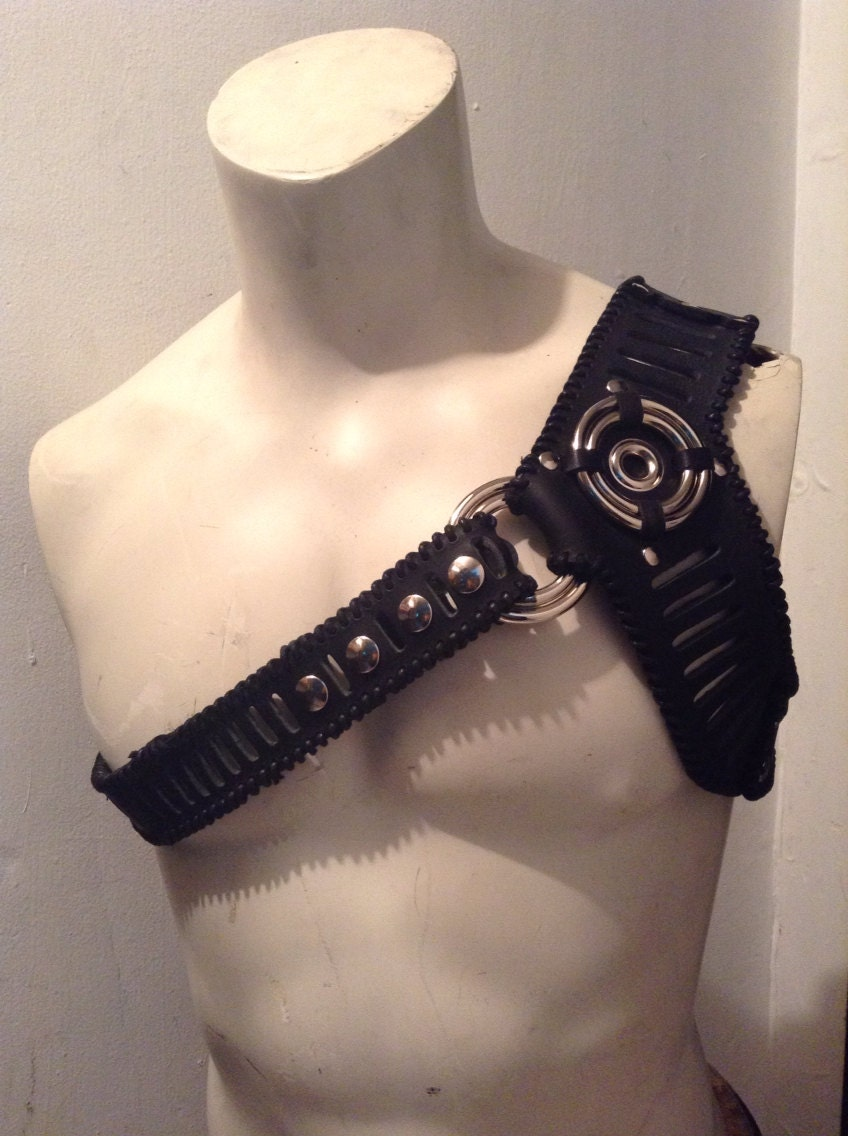 il_fullxfull.587190049_rp3s?version=0 leather one shoulder harness