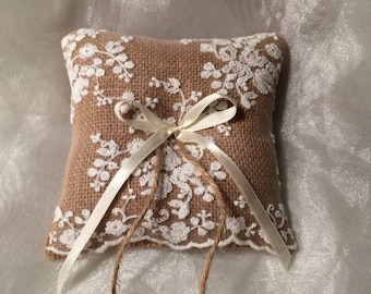 Petite Ring bearer pillow featuring embroidered lace. Barn Wedding. Vintage wedding