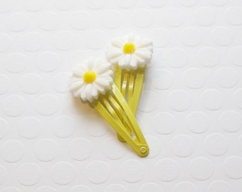 Daisy Hair Clip, Girls Hair Clip, snap clip, Flower Hair Clip, Toddler Hair Clip, Baby Hair Clips, Yellow flower clips, Hair Accessories