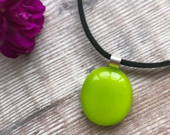 Tropical jewellery, lime pendant, green pendant, lime necklace, green fused glass jewellery