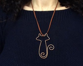 Copper cat wire pendant