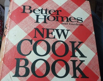 Better Homes and gardens new Cook book-1971