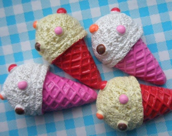 sale Cute yummy ice cream cone cabochons 2 colors 4pcs Red Pink cones