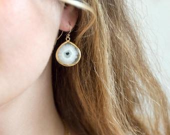 Solar Quartz Drop Earrings, Modern Bridal Earrings, Statement Earrings, White Stone Earrings Gold, Bridesmaid Earrings, Boho Earrings Dangle