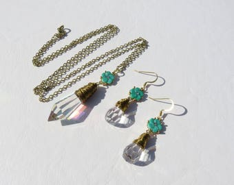 Aurora Borealis Crystal Prism Necklace // Icicle Crystal and Green Flower Jewelry Set // Green Flower Crystal Earrings