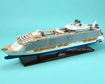 "MS Harmony of the Seas Oasis-class Wooden Cruise Ship Model 40.5"" Scale 1:350"