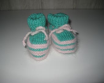 wool baby shoes and her girdle