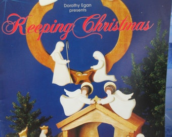 "K Vintage Tole painting "" Keeping Christmas"" 1992 used booklet 38 pages"