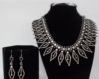Vintage Oxidized Silver Decorative Necklace & Earrings