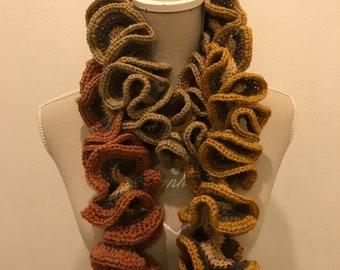 Wool hyperbolic scarf