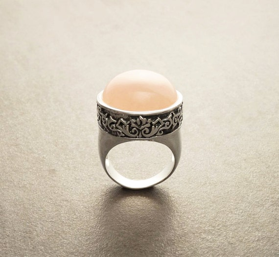 Rose Quartz Ring, Sterling Silver, engraved ring, statement, Victorian, Vintage, Vintage pattern, Rose Quartz Gemstone, gothic, steampunk