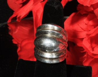 Size 7, Wide Ribbed Modern Sterling Silver Statement Ring, Over Sized, Chunky, Modernist