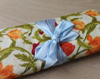 Tulip Cotton Fabric/ Craft Supplies & Tools/ Fabric/ Haberdashery/ Sewing/ Upholstery/ Clothes Making (005J)