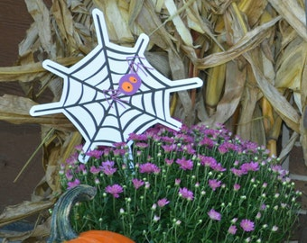 Halloween spider in its Web accent piece. Floral arrangement or photo prop!