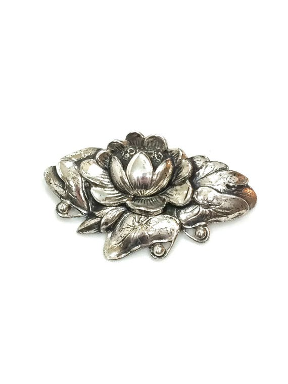 Sterling Silver Water Lily Brooch, Danecraft Art Nouveau Flower Pin, Woodland Nature, 3D Realistic High Relief, 1940s 1950s Vintage Jewelry