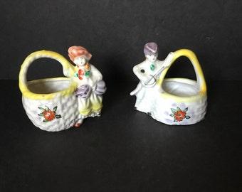 Colonial Couple Miniature Basket