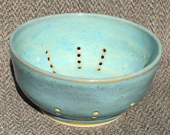 Colander or Fruit Bowl