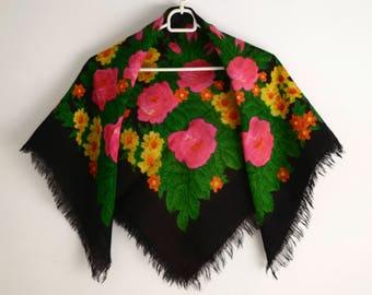 Retro shawl, Black shawl, Scarf,  Russian shawl, Wool shawl, shawl, Soviet, Flowers print, Gift for women, Gift for mom, Gift for sister
