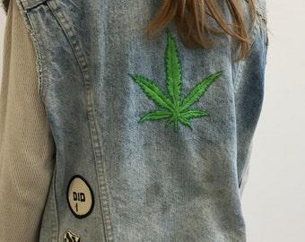 Hand Embroidered Marijuana Leaf Vest - Patched vest - Levi's - Size 40 - Size Medium M