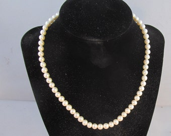 Necklace Cultured Freshwater pearl 6mm round white sz-16.5 sterling clasp