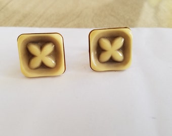 Vintage Hickok Cuff Links where X Marks the Spot In Sage Green and Vanilla Cream