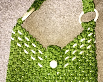 Vintage Green & White Macramé Lined Purse