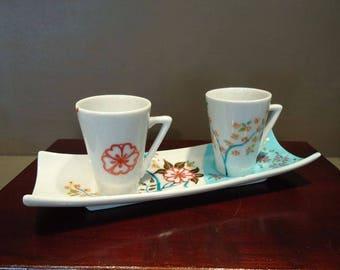Duo Flower In the Sky pattern cups