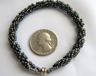 SALE  Sale  Spiral Beadwork Stitch Size 11 and 8 Seed Beads 7.5 inch Bracelet , Gray and Shiny Black, with Magnetic Clasp