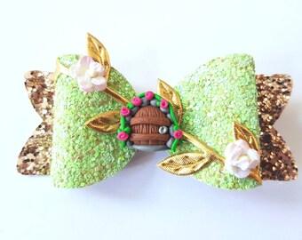 Fairy door hair bow - magical hair clip - green floral hairbow fairydoor