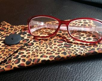 EYE GLASS CASES-Leopard n' Black (Phone & glasses not included)