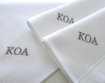 Set of 3 White Fine Cotton Mens Monogrammed Handkerchiefs, Anniversary Gift, 2nd Anniversary Gift, Mens Handkerchiefs, Gift for the Groom,