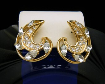 Bold Vintage Trifari TM Gold Tone Rhinestone Earrings Post Back Pierced
