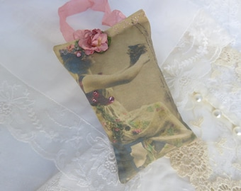 Romantic Heartfelt Vintage Inspired lavender gift sachet CUSTOMIZE, FREE USA ship, Mothers Day, Gift Ready, Swarovski crystals,