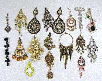 Lot Large Drippy Pendants Dangles Charms Glass Rhinestone Acrylic Crystal Vintage Mod Halloween Costume Jewelry Salvage Craft Bronze Black