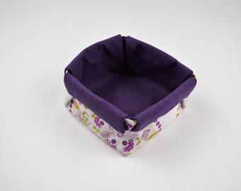 Storage basket, empty pochesRosaces and purple cotton